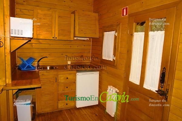Caba as de madera los llanos de arance casa rural y - Fotos de casas de madera por dentro ...