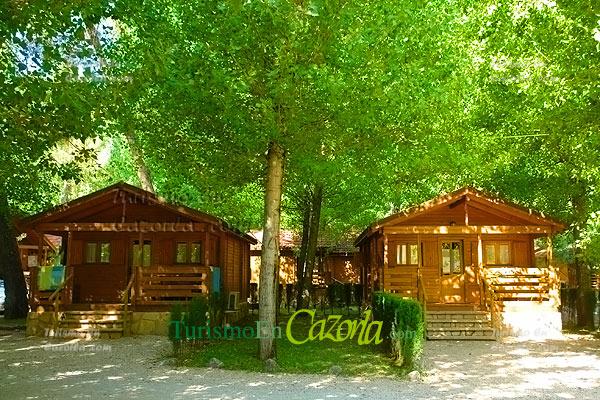 Caba as de madera los llanos de arance casa rural y - Casas rurales madera ...